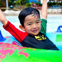ハワイのプールで1日遊べる!ワンデイパスパッケージ