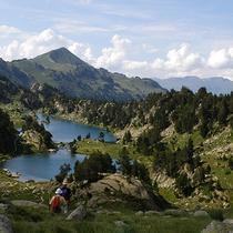 プライベートツアー ピレネーを歩こう! ~山岳ガイドと手軽にハイキング