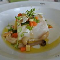 専用車送迎付 シベーレス宮殿のレストランで楽しむ食事