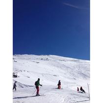1日1組限定! マラガ発グラナダ着専用車で行く ヨーロッパ最南端のスキー場 シエラ・ネバダへ