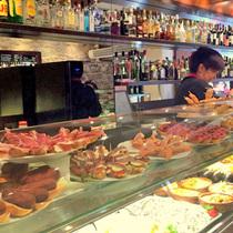 魚介の宝庫ガリシアでバル巡り ~本場のガリシア風タコを食べよう~