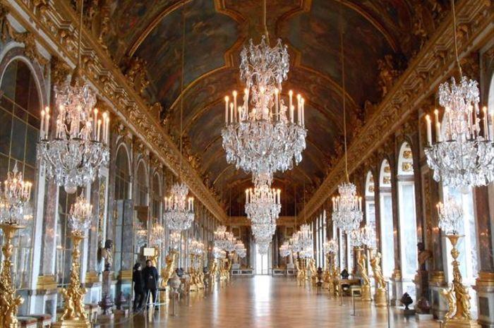 ベルサイユ宮殿 午前観光 オーディオガイドで自由見学