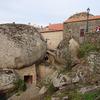 専用車で 秘境・巨石の村モンサントと世界...の写真