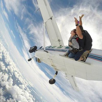 一生の体験!! スカイダイビングでオアフ...の写真
