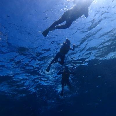 水納島日帰り海水浴! お得なボートシュノ...の写真
