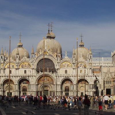 ベネチア午後市内観光とゴンドラ遊覧の写真