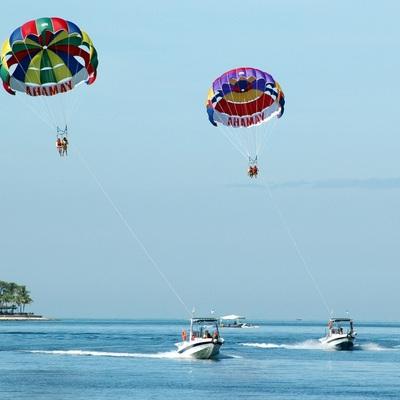アイランドホッピングツアー! マヌカン島...の写真