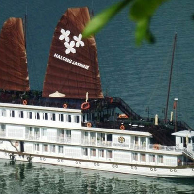 世界遺産贅沢な旅 世界遺産ハロン湾ボー...の写真