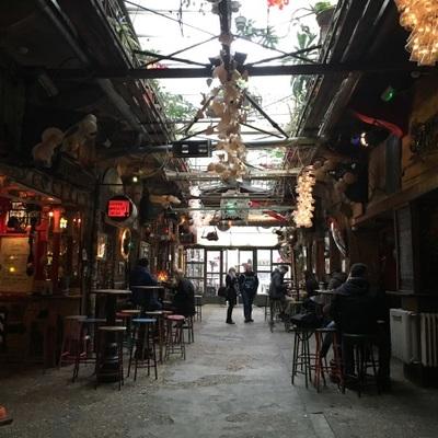 下町地区 ユダヤ街 午後散策 国宝マンガ...の写真
