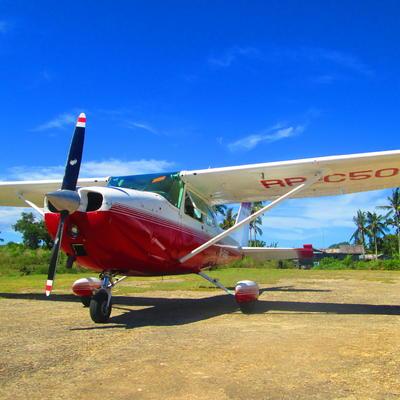 セスナ機で行く!レイテ島慰霊ツアーの写真