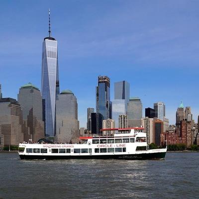 ニューヨーク1日市内観光 自由の女神クル...の写真
