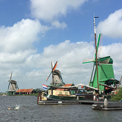 欲張りアムステルダム♪ 2大美術館と風車...の写真