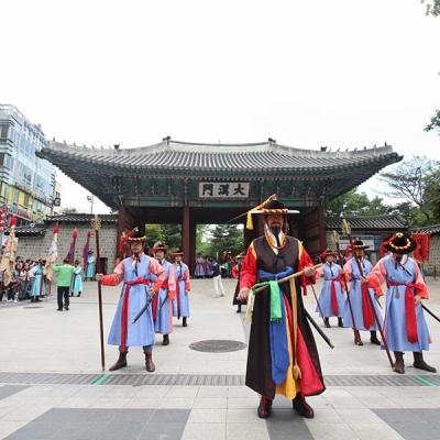 旅々!ソウル新発見市内半日観光(朝食付、...の写真