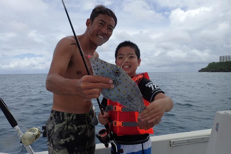 グアムのお魚を釣っちゃおう★トロピカルフ...の写真