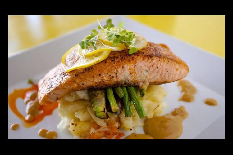 必ず食べたい肉厚ステーキ『デルモニコ・キ...の写真