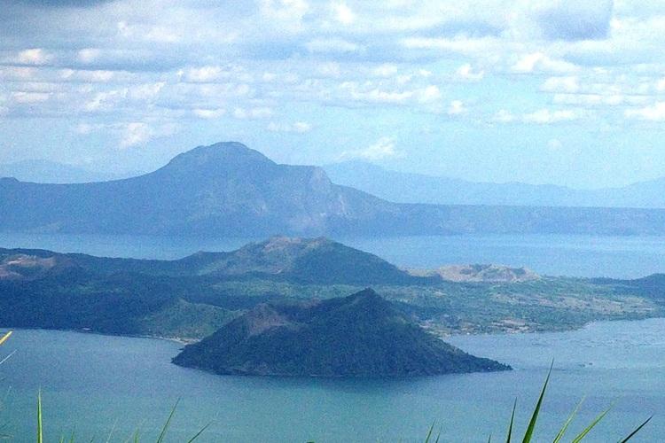 タガイタイ観光、世界最小の活火山「タール...の写真
