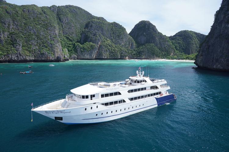 ピピ島ツアー 大型船利用 英語/日本語ガ...の写真