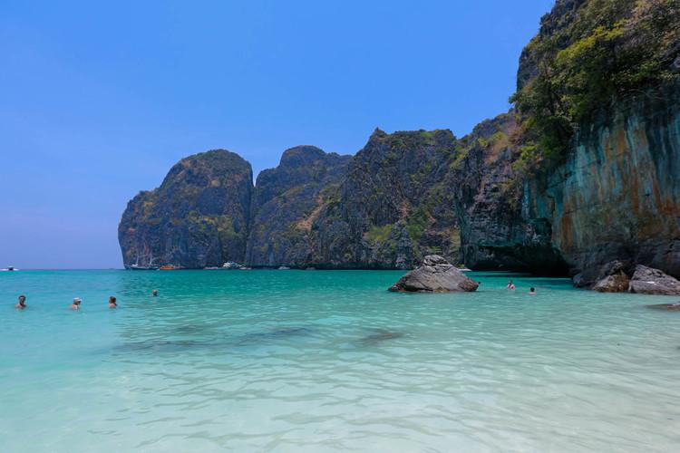ピピ島ツアー + カイ島 スピードボート...の写真