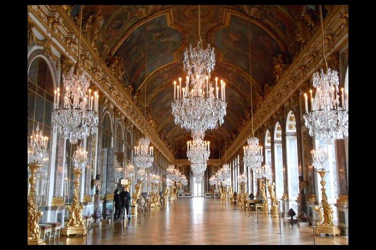 ベルサイユ宮殿 午前観光 宮殿内ガイド付...の写真