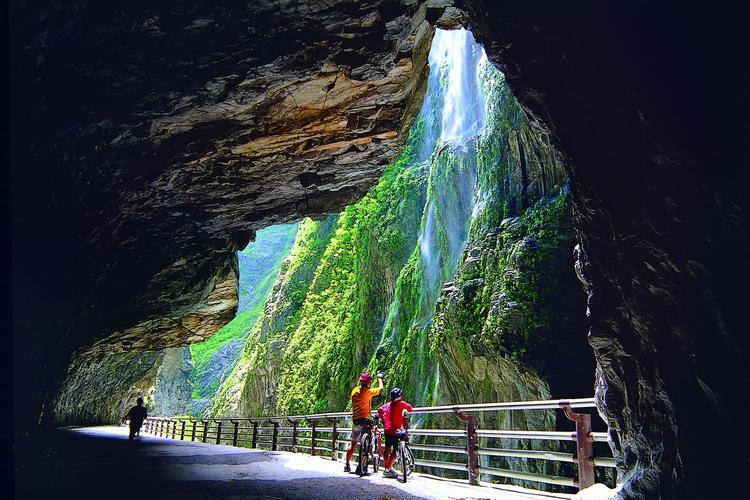 花蓮 タロコ大理石峡谷 観光の写真