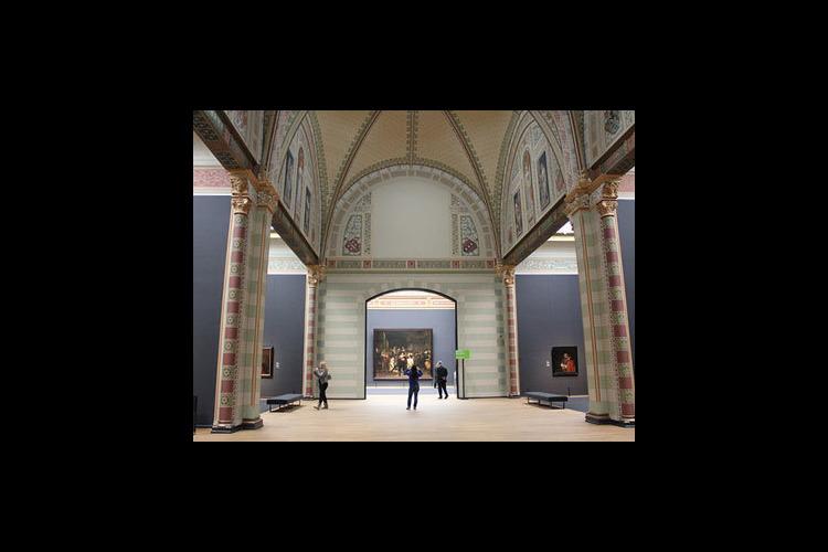 日本語ガイドがご案内 国立美術館とゴッホ...の写真