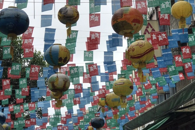 北部で人気の3大都市 台北 + 鶯歌 +...の写真