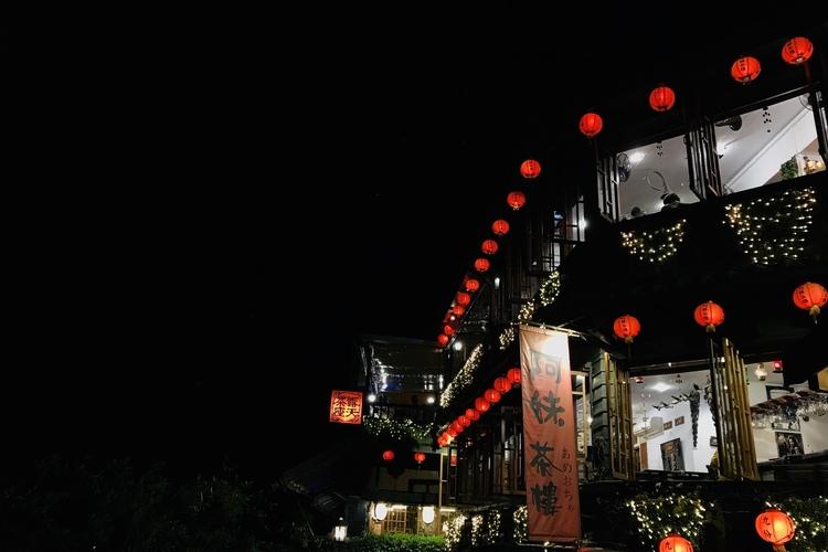 幻想的な夜の九份観光プラン 十分天燈上げ...の写真