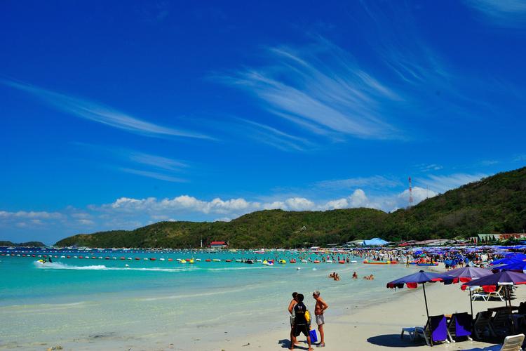 ラン島・パタヤ沖 (バンコク発)の写真