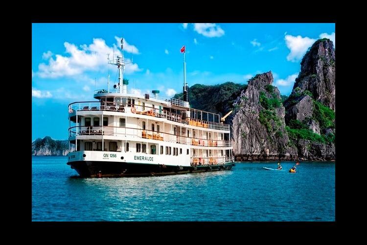 世界遺産小洒落旅 ハロン湾ボート1泊2...の写真