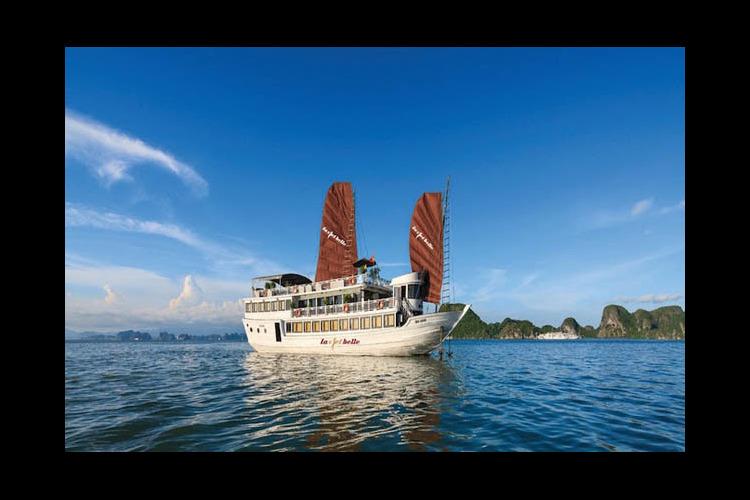 世界遺産 ハロン湾ボート1泊2日ツアー...の写真