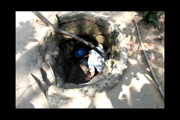[グループ] クチトンネル + ナイトメ...の写真