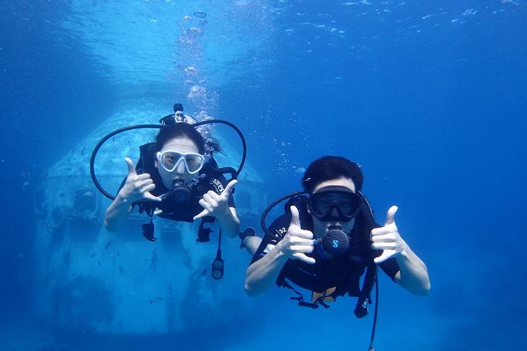ダイビングライセンス取得コース グアム旅...の写真