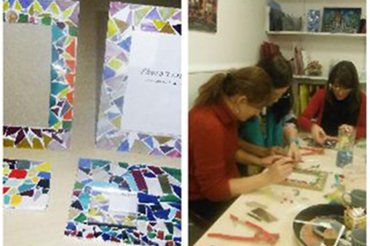 ガウディ風!モザイク手作り教室の写真