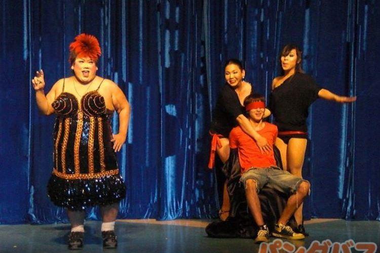 ニューハーフショー (マンボ) と古典舞...の写真