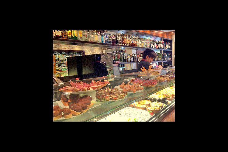 魚介の宝庫ガリシアでバル巡り 本場のガリ...の写真