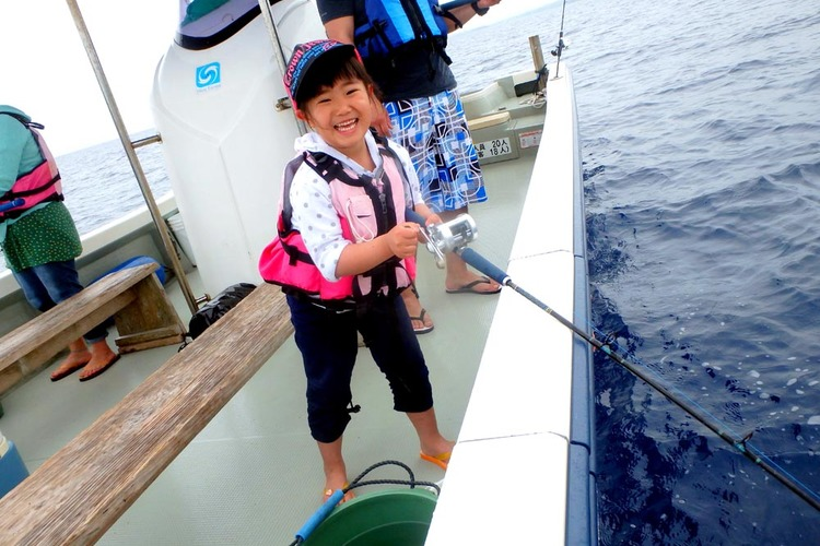 恩納村発 ボート釣り + 青の洞窟シュノ...の写真