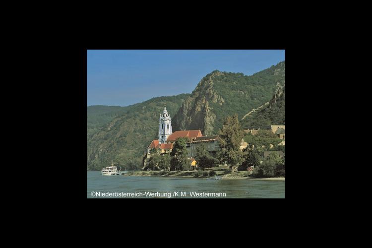 往復送迎サービス世界遺産ヴァッハウ渓谷で...の写真