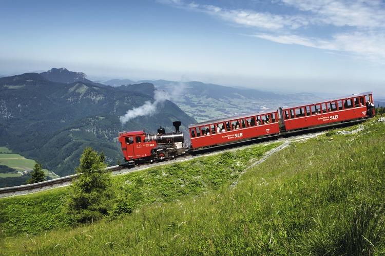 往復送迎サービス シェーフベルク鉄道の写真
