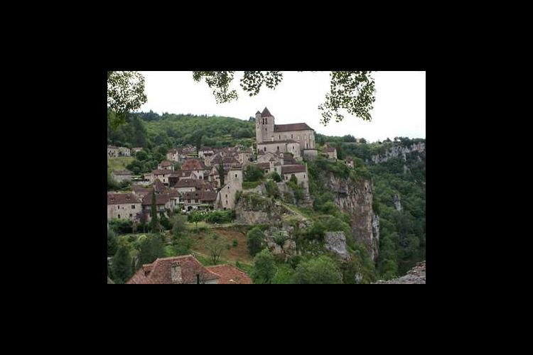 専用車で フランス人が好きな村サン・シル...の写真