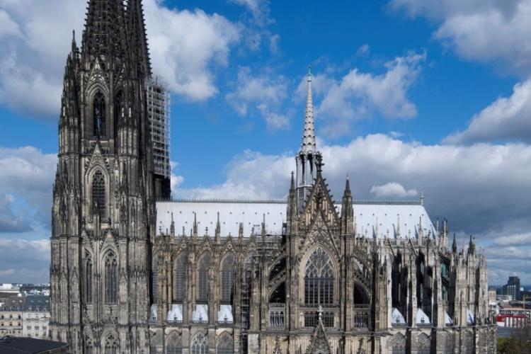 ケルン大聖堂とアウグストゥスブルク城、絶...の写真