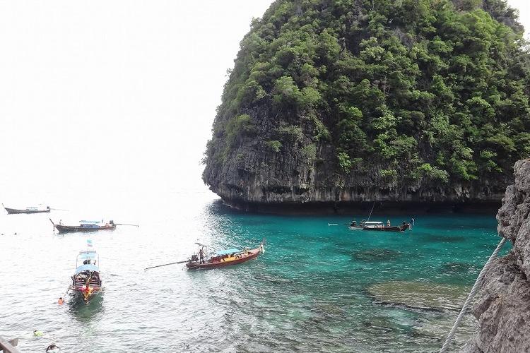 スピードボートで行く ピピ島&カイ島1日...の写真