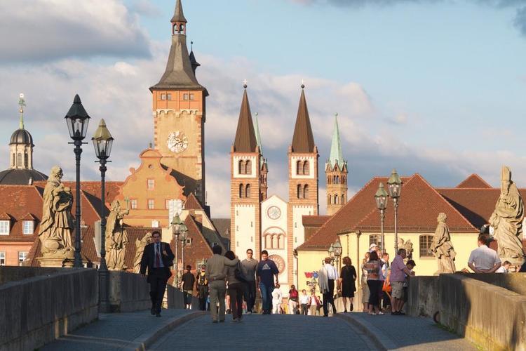 プライベート 世界遺産レジデンツと旧市街...の写真