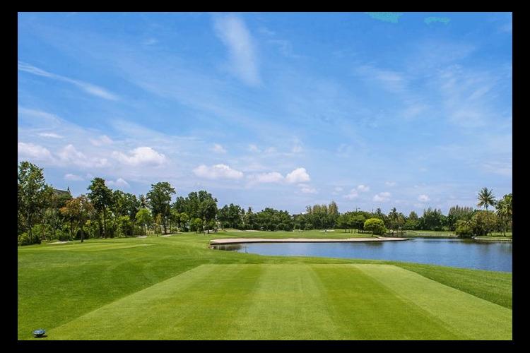 ザ ロイヤルジェムス ゴルフ + スポー...の写真