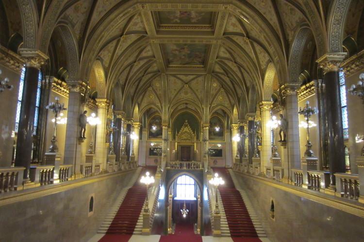 国会議事堂見学とトラムで半日市内観光の写真