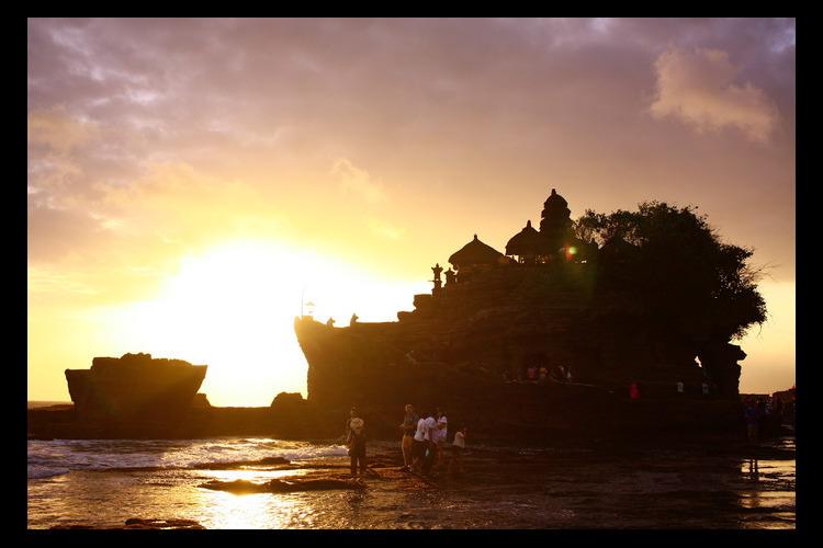 ウブド散策、タマンアユン + タナロット...の写真