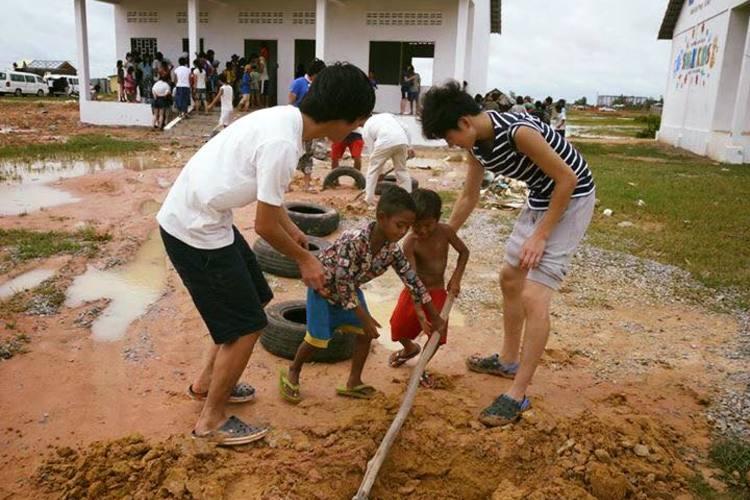 カンボジアでボランティアツアーの写真