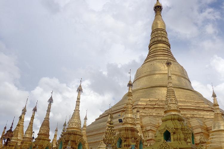 ヤンゴン1日市内観光の写真