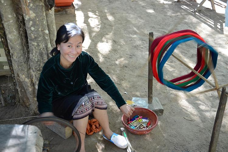 半日ブッダパークと織物村の写真