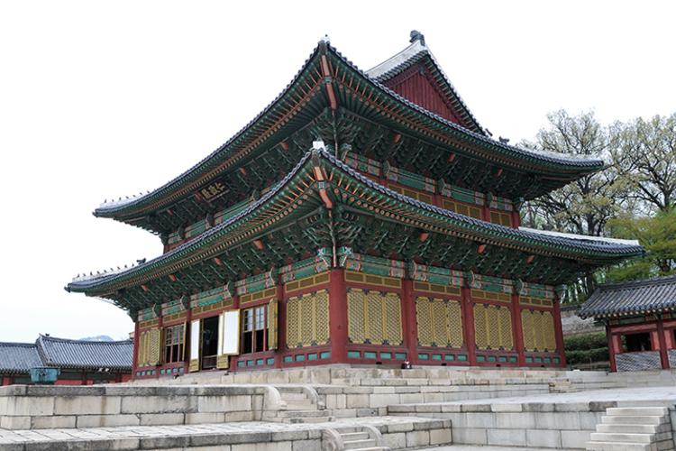 ソウル市内観光ツアー 世界遺産・昌徳宮 ...の写真