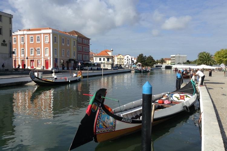 専用車で行く 運河の町アヴェイロとコイン...の写真